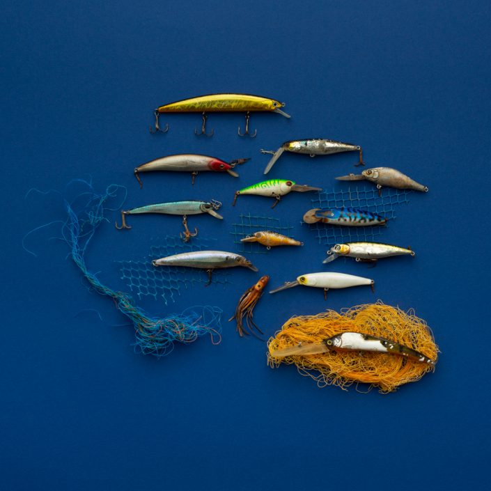 Plastikfische Angler Trashart